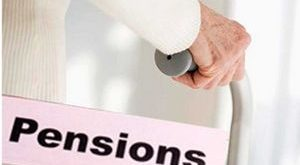 Whether qualifying service of Pre-2006 Pensioners in receipt of pension more than minimum Pension is delinked?