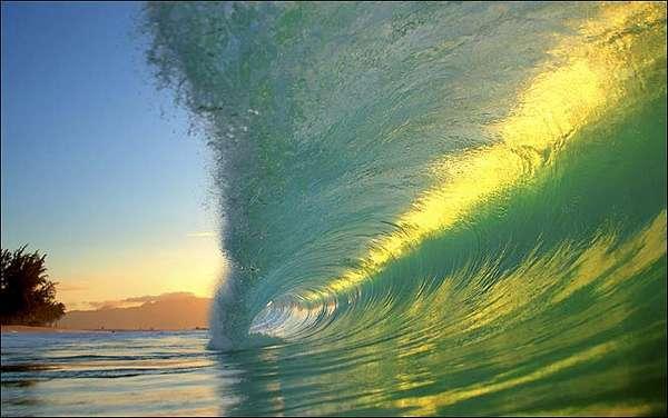 Clark Little wave photography