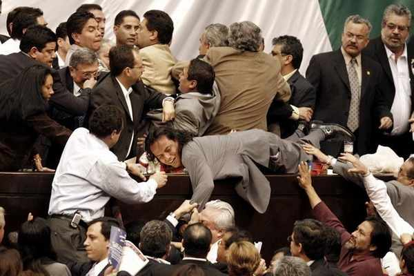 debate in parliament,humor,humour,clash in political meeting,clash in parliament